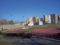 Se reparará la pista de atletismo y el graderío