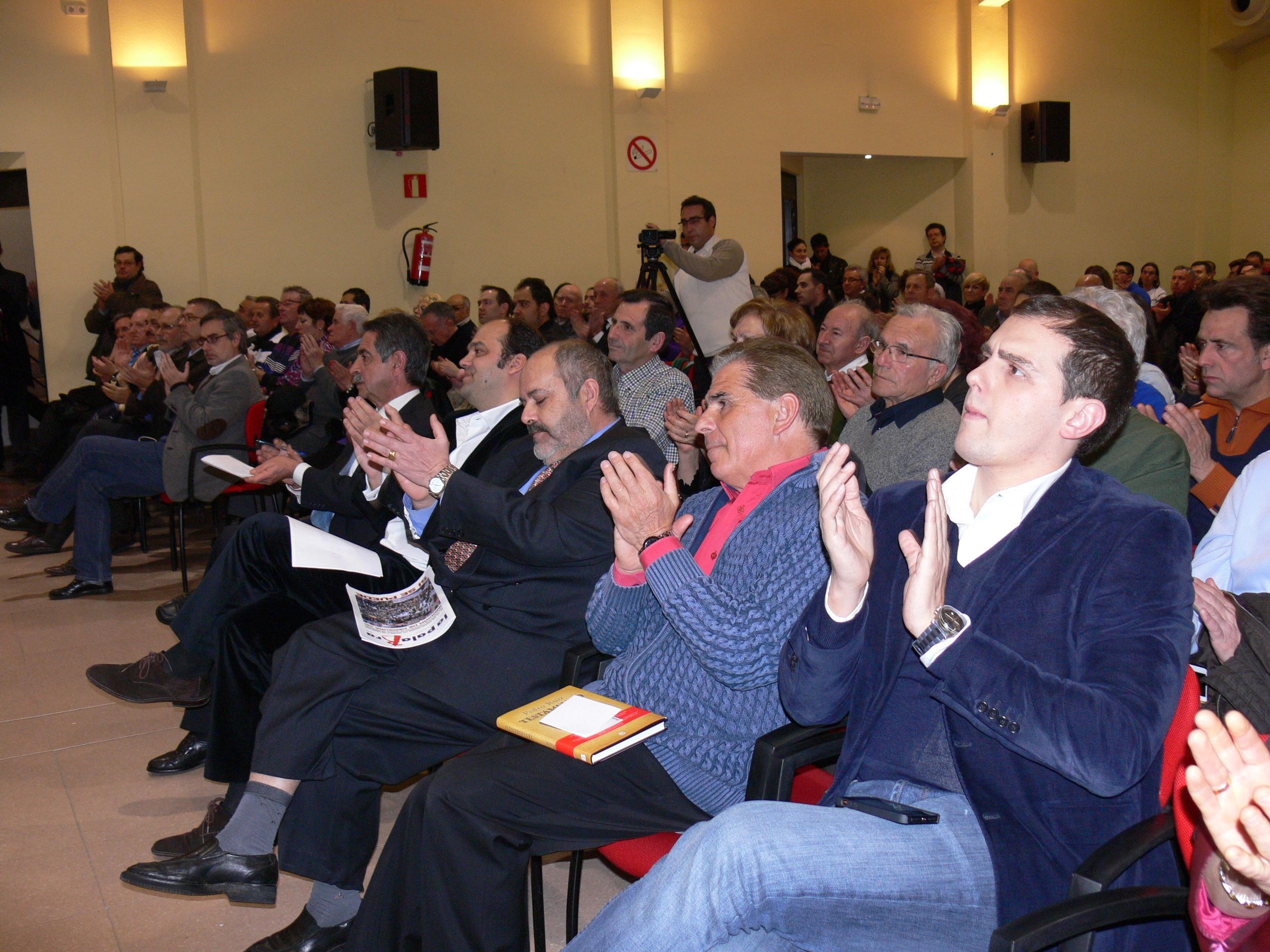 Los 5 premiados: Miguel Ángel Revilla, José Carlos Díez, Josman, Pedro Ruiz y Albert Rivera