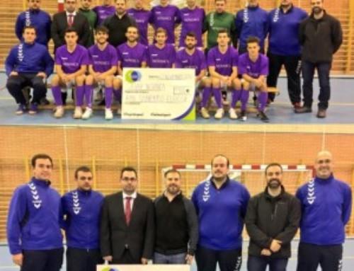 ULEG entrega una ayuda económica de 1.500 euros al club de fútbol sala Silver-Novanca