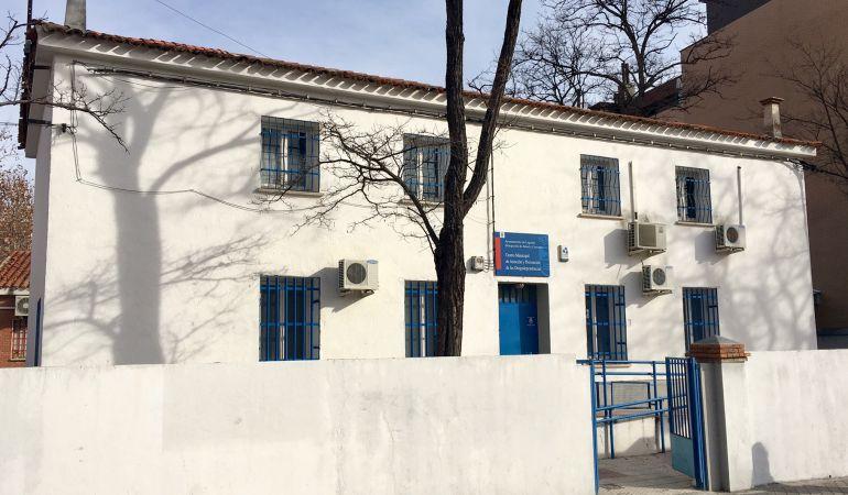 El Centro de Atención a la Drogodependencia (CAID) de Leganés al borde del colapso.