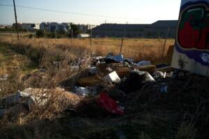 Escombros en caminos